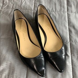 Ivanka Trump Black Pointed Toe Flats Sz 5 1/5